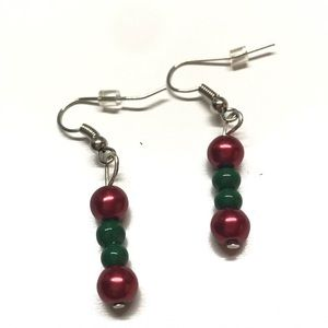 Red and green bead dangle earrings by MunandMe NWT